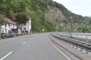 Felsenhänge an der Weserstrasse