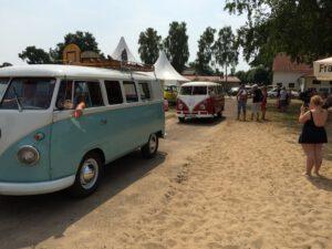Beach-Party mit den schönsten Autos der Welt