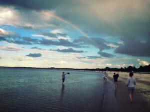 Runterkommen: Strandspaziergang an der Ostsee
